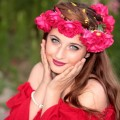 Girl in wreath - Девушка в венке