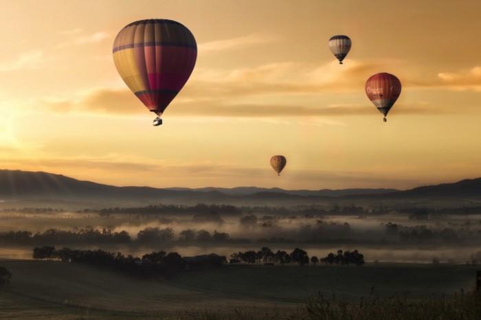 hot air 1373167 700x466 Air ballon in the sky   Воздушный шар в небе