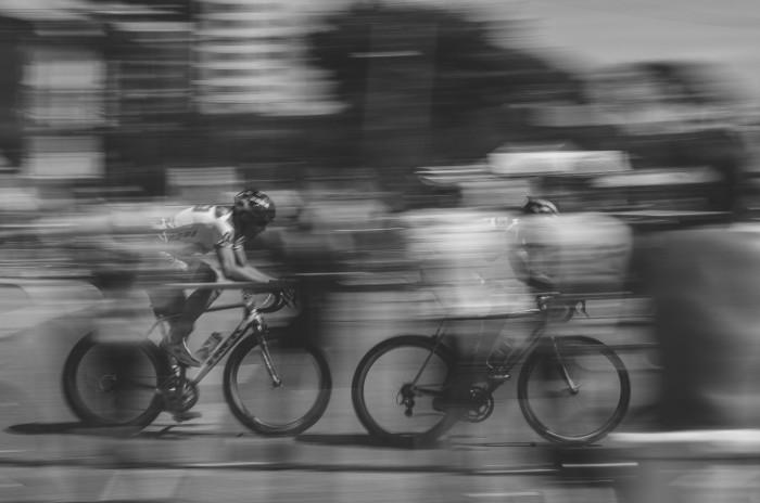photo 1452573992436 6d508f200b30 700x464 Велосипедисты   Cyclists