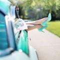 Womans legs in auto - Ноги девушки в машине