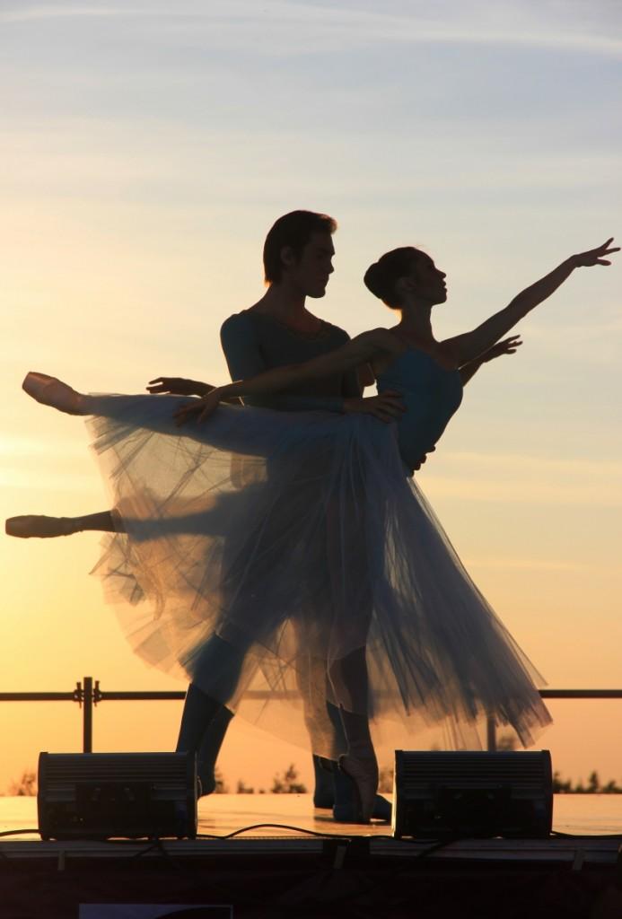 ballet 1262613 693x1024 Ballet   балет