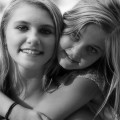 Friend's hugs - Объятия друзей