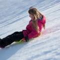 Child on the snow slope - Ребенок на снежном склоне