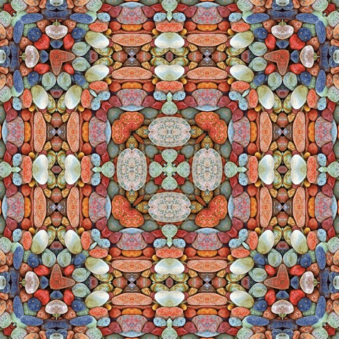 stonemandalamosaic3 700x700 Stone mandala mosaic   Мозаика мандала из камней