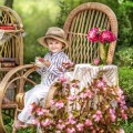 Мальчик в саду - Boy in the garden
