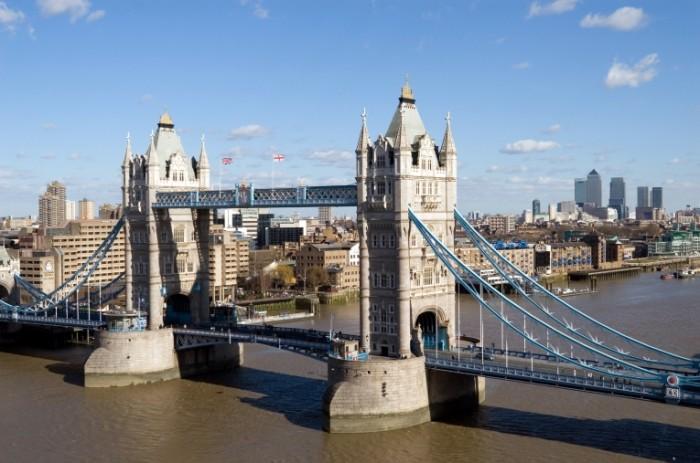 d9357fe8ee4ec93647c6051c30751d69 700x463 Лондон   London