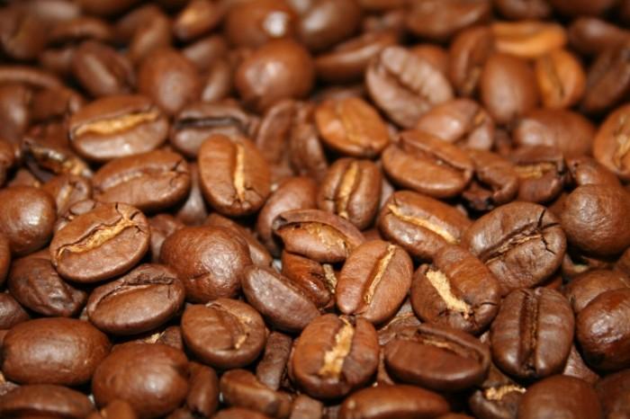 eda kofe kofeynye zerna 0debf91 700x466 Кофейные зерна   Coffee beans
