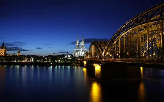 germany koln cologne germany cologne evening buildings architecture lighting bridge 2560x1600 sc 700x437 Германия Кёльн   Germany Koln