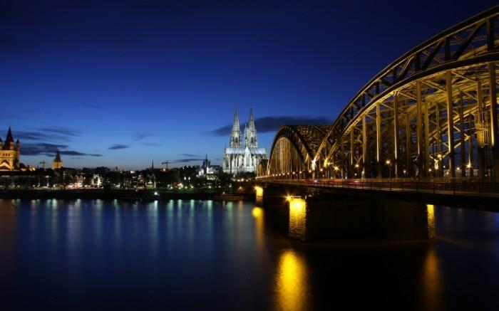 germany koln cologne germany cologne evening buildings architecture lighting bridge 2560x1600 sc 700x437 Германия Кёльн   Germany Koln