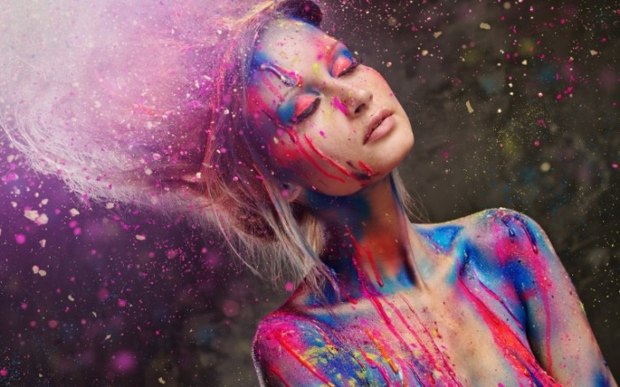 73a1c63c560d765 700x437 Девушка в краске   Girl in the paint