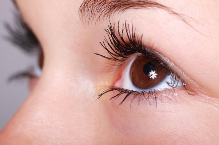 beautiful 2315 700x466 Макияж глаз   Eye makeup