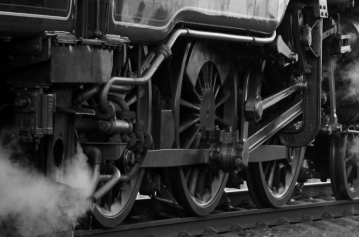 train 19640 700x462 Поезд   Train