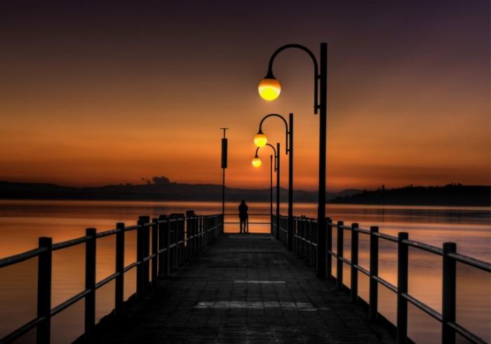 zakat mostik pirs 721d07d 700x491 Закат на пирсе   Sunset at the pier
