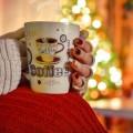 Девушка с чашкой кофе - Girl with a cup of coffee