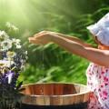 Девочка в панаме с цветами - Girl in a hat with flowers