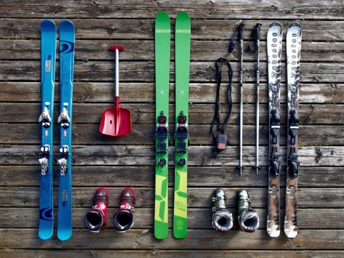 ski 932188 700x524 Лыжи   Ski