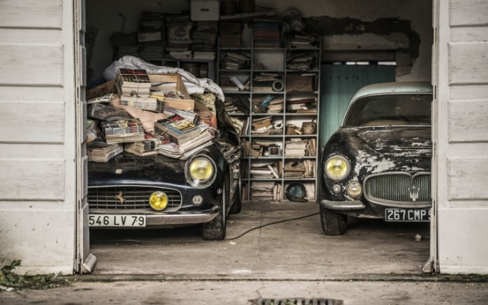 14788715525825ca00168ce7.15813284 700x437 Две машины в гараже   Two cars in the garage