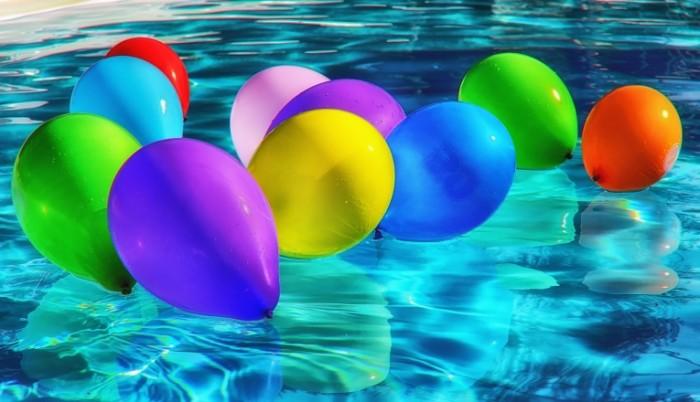balloons 1761634 700x402 Цветные шары   Coloured balloons