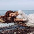Красивая девушка в море - Beautiful girl at the sea