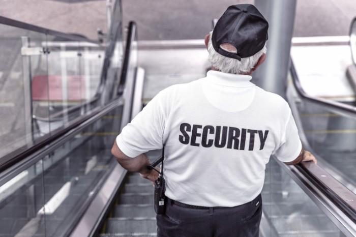police 869216 700x466 Охрана   Security