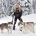 Girl with dogs in the winter forest - Девушка с собаками в зимнем лесу