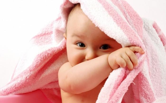 rozovyy rebenok 4ee48d9 700x437 Маленький ребенок   A little child