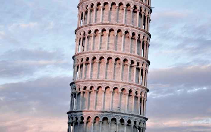 14797811935833ab492ca307.71101945 700x437 Пизанская башня   Leaning tower of Pisa