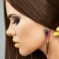 Девушка с серьгами - Girl with earrings