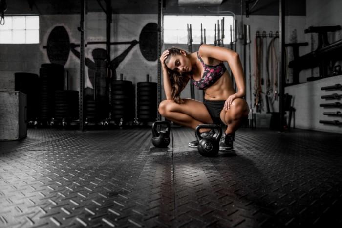 dani fitnes figura press giri zal 700x466 Фитнес девушка   Fitness girl
