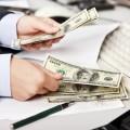 Деньги в руках - Money in hands