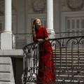 Девушка в красном платье - Girl in a red dress