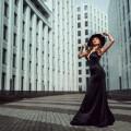 Девушка в черном платье - Girl in black dress