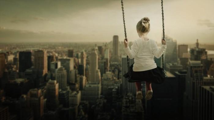 Девочка на качелях   Girl on the swing