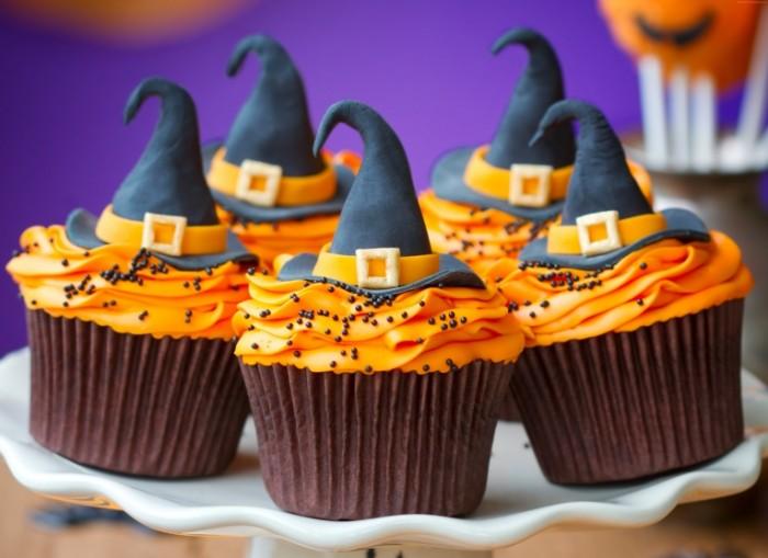 pirozhnyie cupcakes 6000x4374 700x509 Пирожные   cupcakes