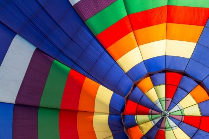 shar cvet fon 700x466 Аэростат   Balloon