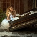 Девушка и пианино - Girl and piano