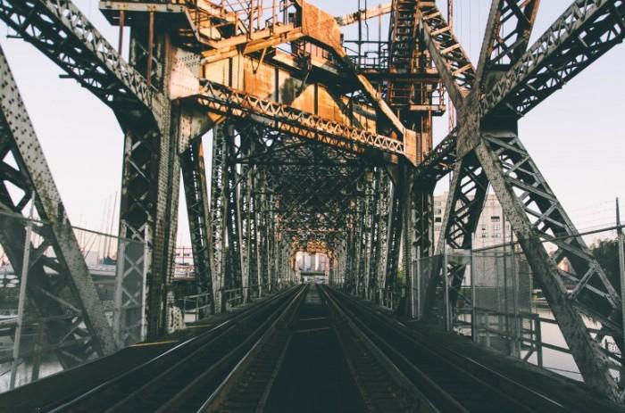 most zheleznodorozhnyy 700x463 Мост железной дороги   Railroad bridge