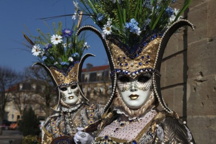 veneciya karnaval maska kostyum 6490 700x466 Карнавал   Carnival