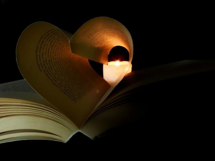 Kniga Book2 700x524 Книга   Book