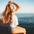 Девушка на море - Girl at the sea