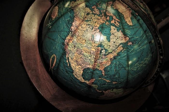 Globus Globe 700x466 Глобус   Globe