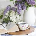 Кофе, книга, цветы и очки - Coffee, book, flowers and glasses