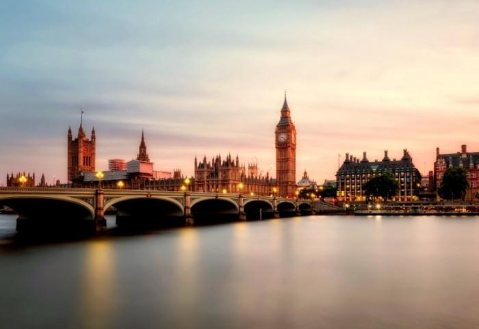 Most v Londone Bridge in London  700x481 Мост в Лондоне   Bridge in London