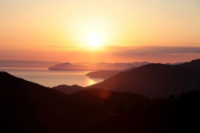 Peyzazh zakat Landscape sunset 700x466 Пейзаж закат   Landscape sunset