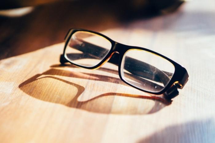 Ochki dlya chteniya Reading Glasses 700x466 Очки для чтения   Reading Glasses