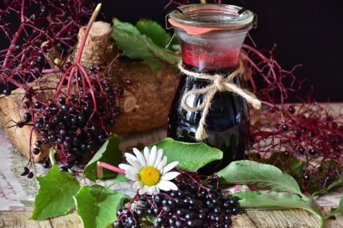 Smorodina kompot varene Currant compote preserves  700x466 Смородина, компот, варенье   Currant, compote, preserves
