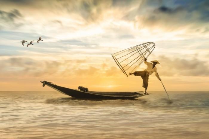 Lodka ryibak more Boat fisherman sea 700x466 Лодка, рыбак, море   Boat, fisherman, sea