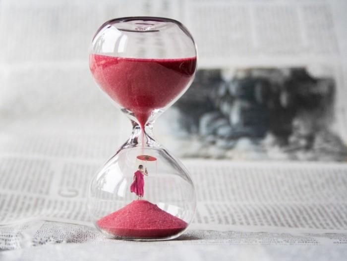 Pesochnyie chasyi Hourglass 700x527 Песочные часы   Hourglass