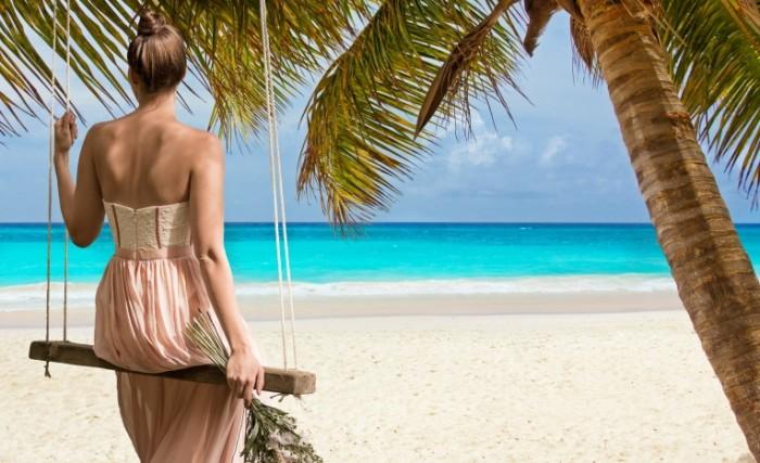 Plyazh okean devushka Beach ocean girl 700x427 Пляж, океан, девушка   Beach, ocean, girl