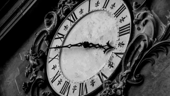 CHasyi Clock 700x398 Часы   Clock